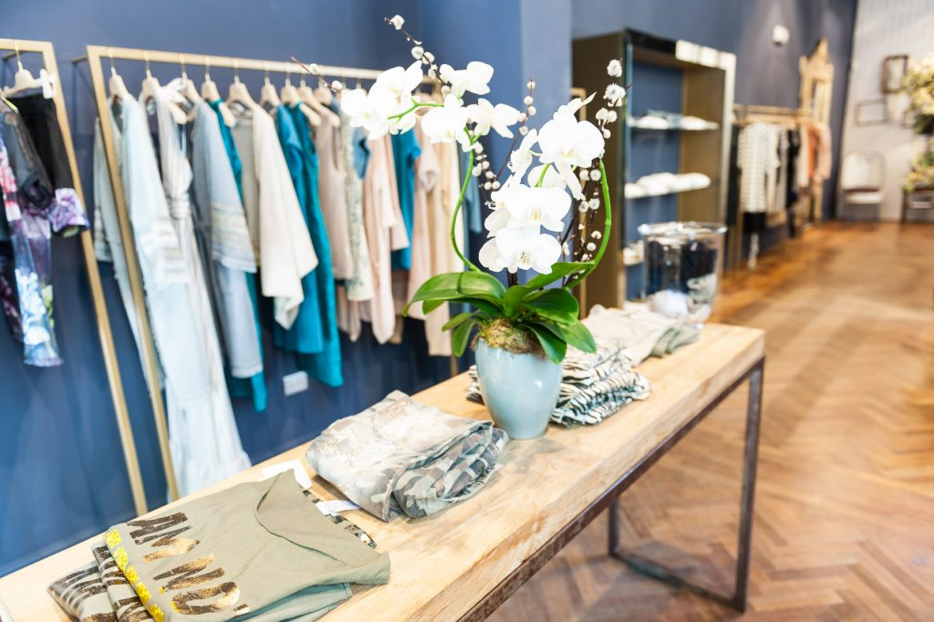 LHOOQ women fashion concept store PRATO